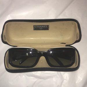 Chanel CC Swarovski Rhinestone sunnies with Case